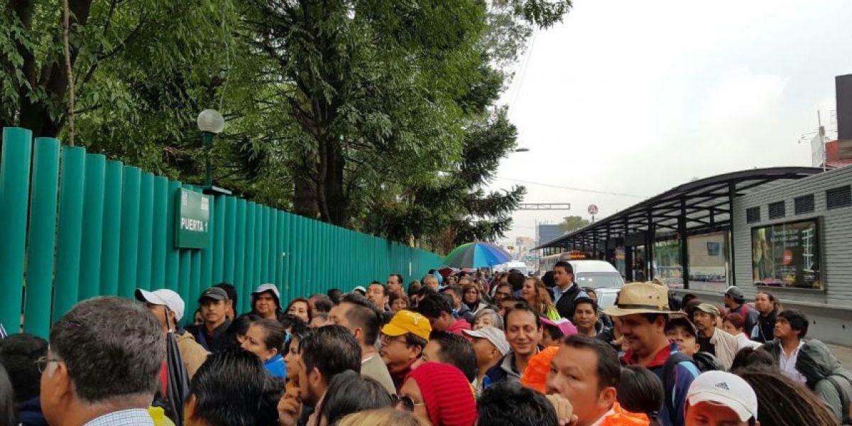Se sale de control foro de la CNTE en Centro Médico