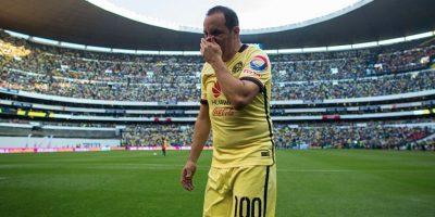 Cuauhtémoc Blanco estuvo en el hospital para apoyar a su amigo José Manuel Sanz Foto:Getty Images