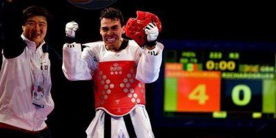 Uriel Adriano pide a los meixcanos #NoMamar con exigencia de medallas a los competidores en Río Foto:Twitter