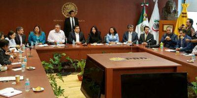 Los integrantes de la CNTE se reunieron con legisladores del PRD Foto: Ignacio Gómez Villaseñor