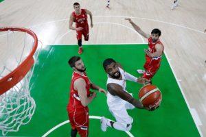 "El ""Dream Team"" vuelve a sufrir pero se impone a Serbia Foto:Getty Images"