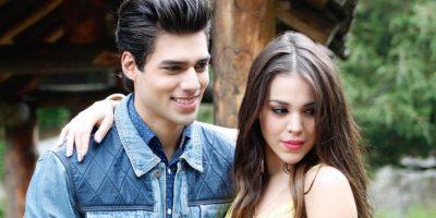 """""""Mientras me enamoras"""" es el título del tema remezclado por Lalo Brito y Danna Paola Foto:Instagram"""