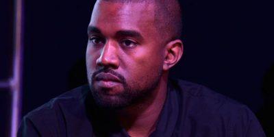 Kanye West hizo que un inválido se tratara de parar en escenario (como si no fuera más ridículo y humillante). Foto:vía Getty Images