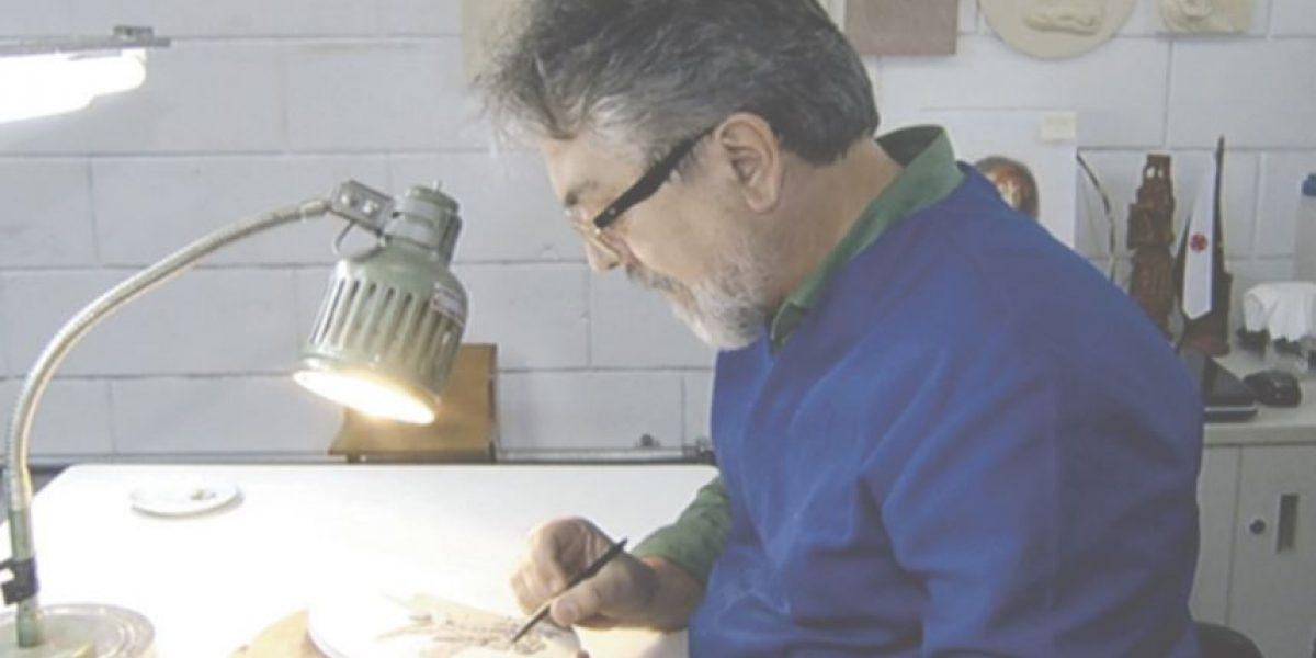 Conozcan al escultor de las codiciadas medallas olímpicas