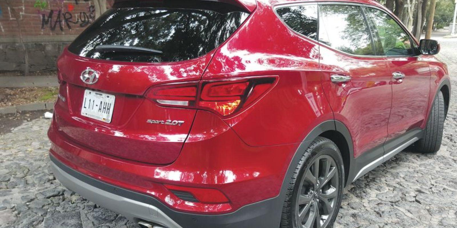 Precio504 mil900 pesos es el costo de la nueva Hyundai Santa Fe Sport 2.0T 2017 Foto:Claudio Zuckermann