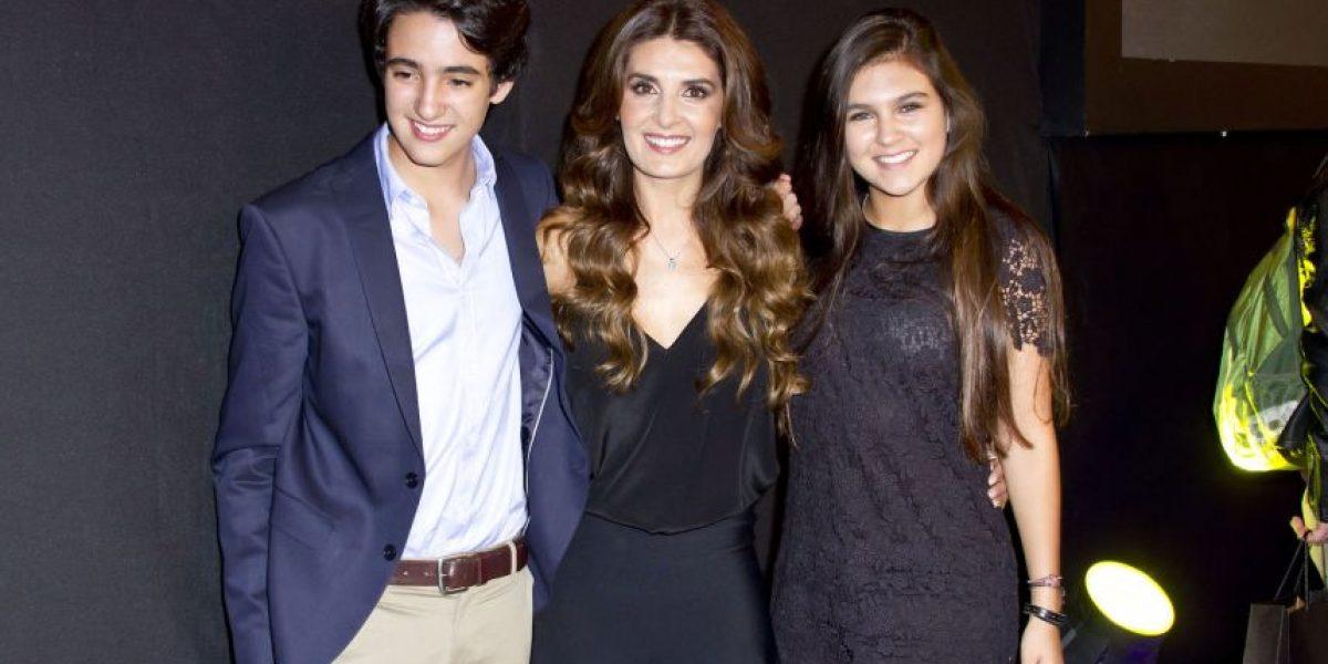 Mayrín Villanueva y Jorge Poza aplauden el noviazgo de su hija