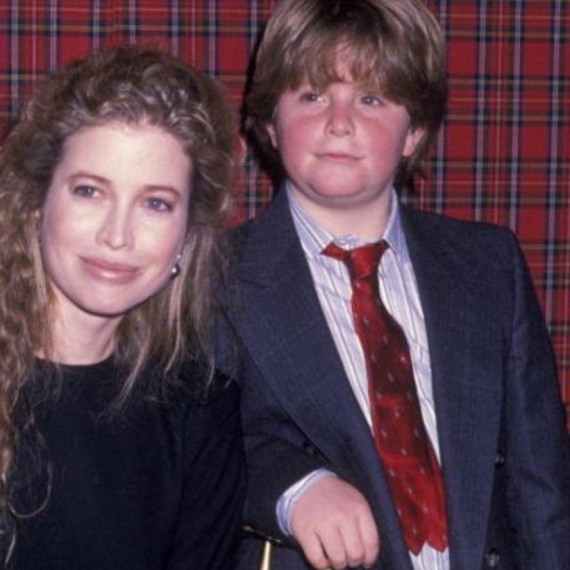Es hijo de la actriz Diana Hill. Foto:vía Getty Images
