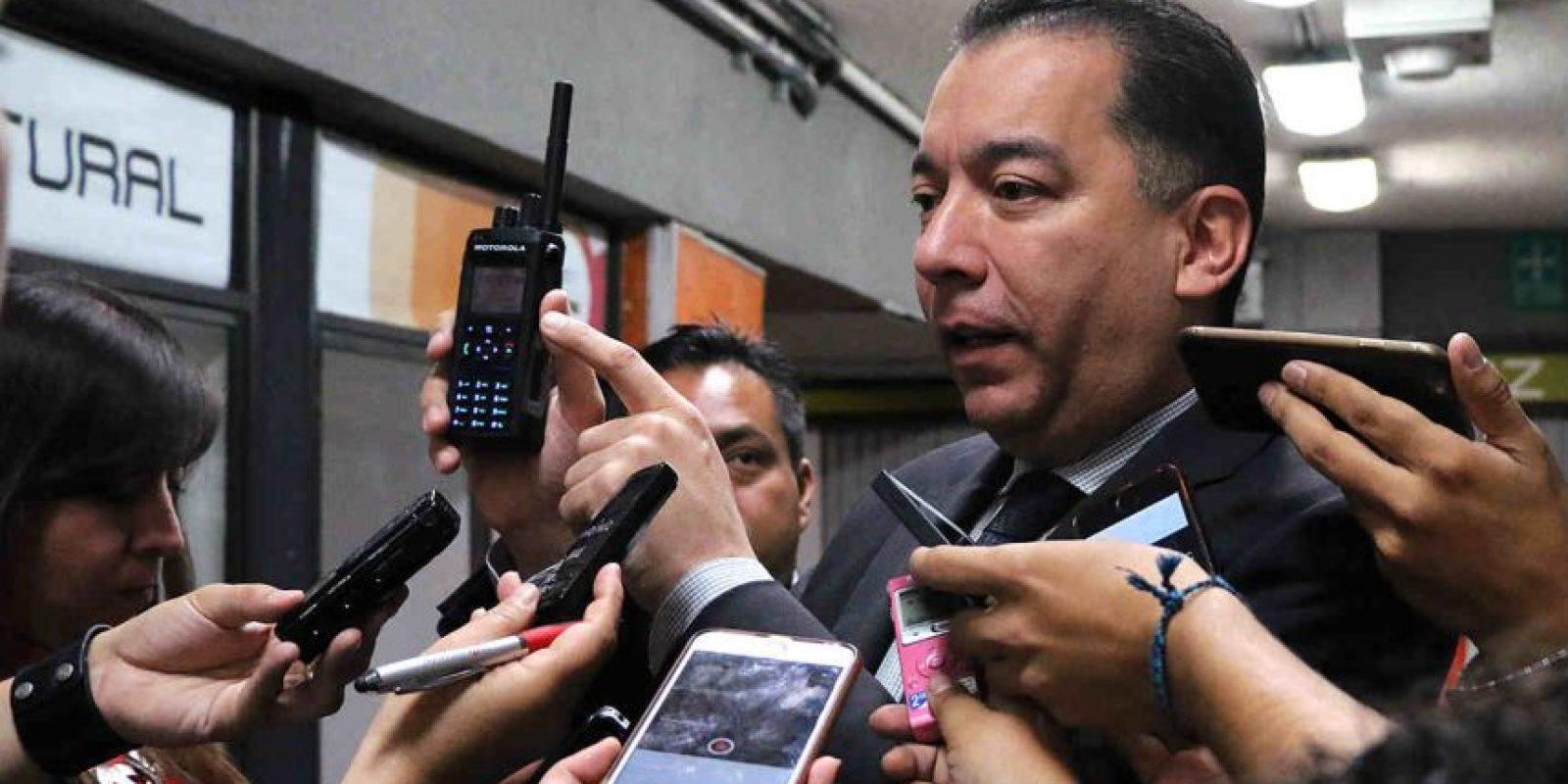 Se adquirieron cinco mil 700 equipos de comunicación digital terrestre Foto:STC
