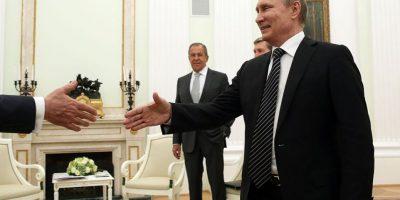 Ucrania se ha negado a aceptar las cartas credenciales del nuevo embajador ruso, aunque Poroshenko también ha descartado una ruptura de lazos con Moscú. Foto:Getty Images/ Archivo