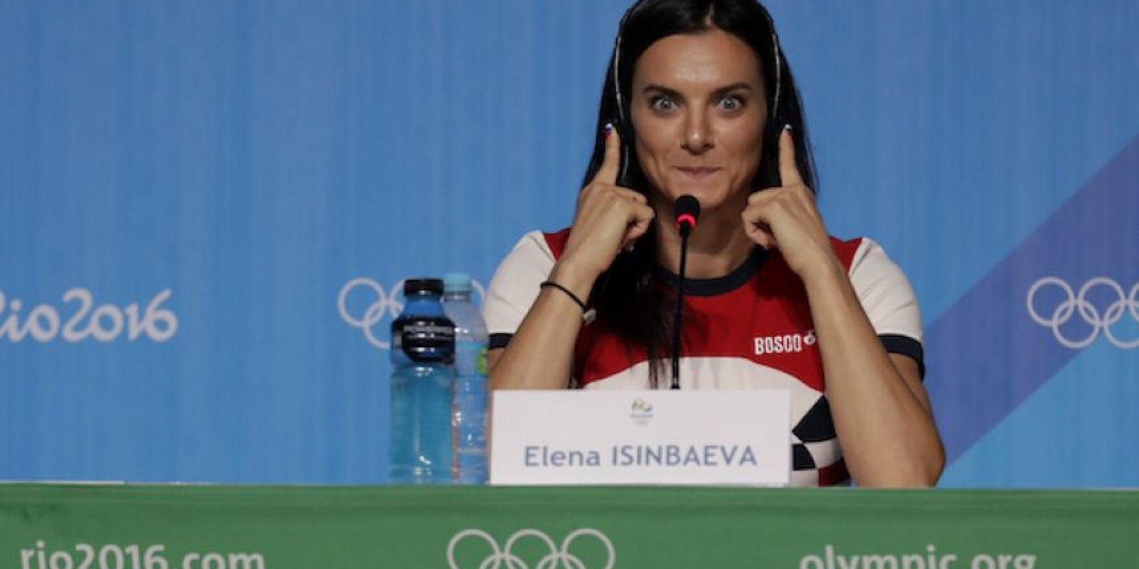Yelena Insibayeva anuncia su retiro del atletismo Foto:AP