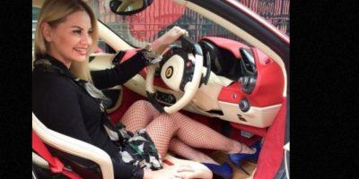 Stakhiva, en un auto de lujo. Foto:Instagram