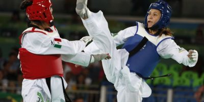 Marí del Rosario Espinoza avanza a semifinales en taekwondo Foto:AP