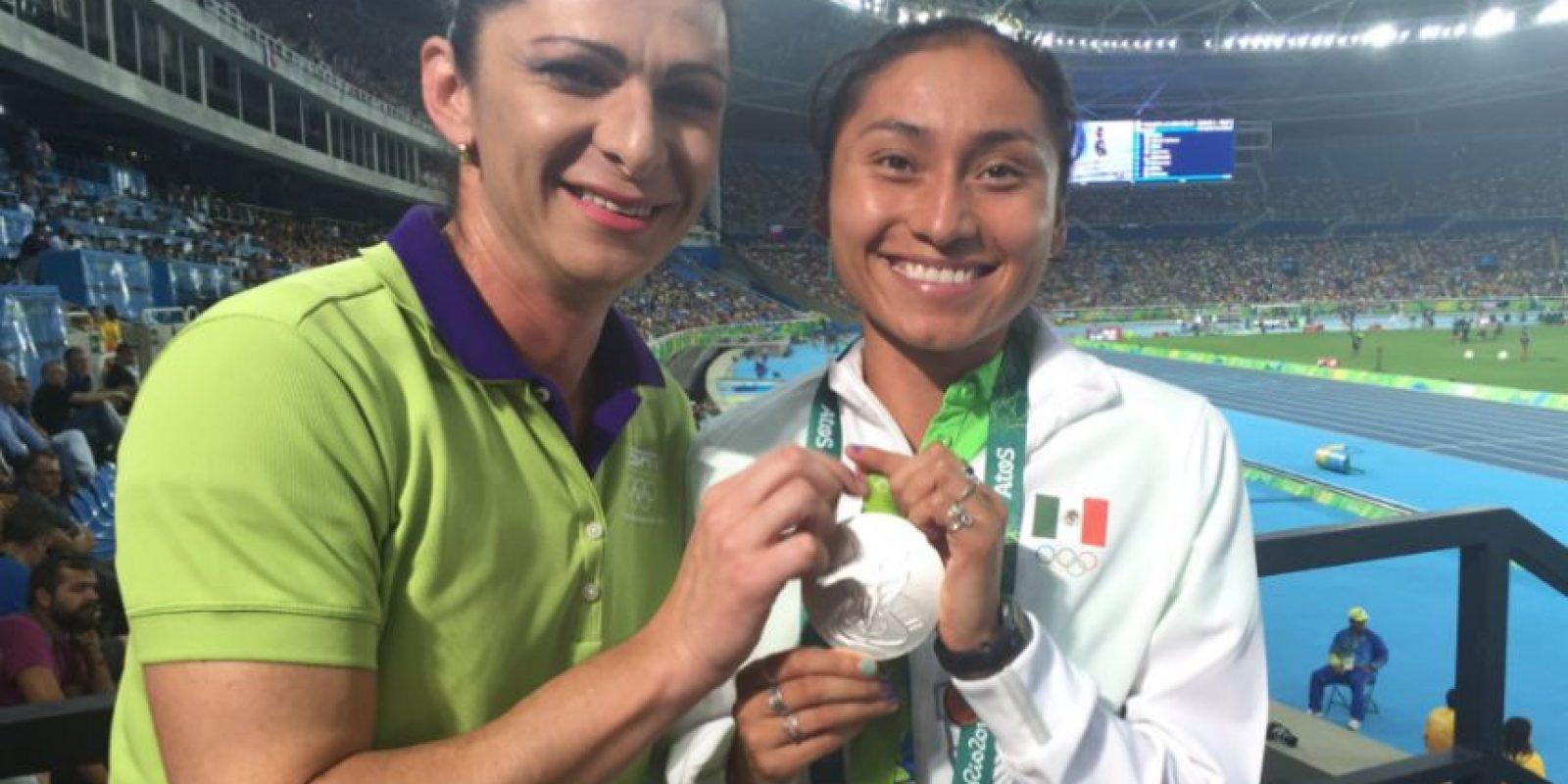 Denuncia Ana Guevara que no dejaban asistir a Lupita González al estudio de ESPN Foto:Twitter