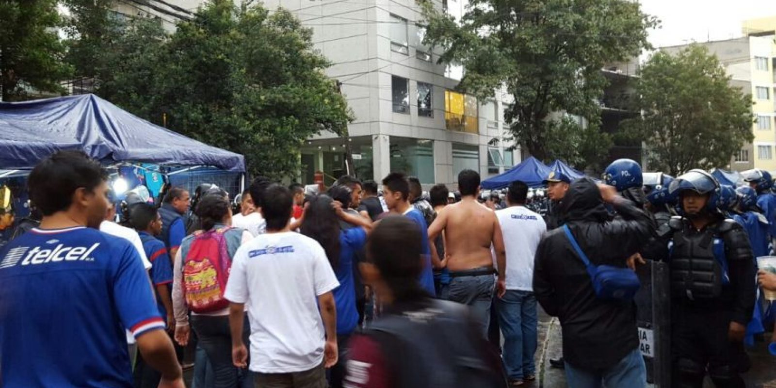 Aficionados Cruz Azul Foto:Karina Bobadilla