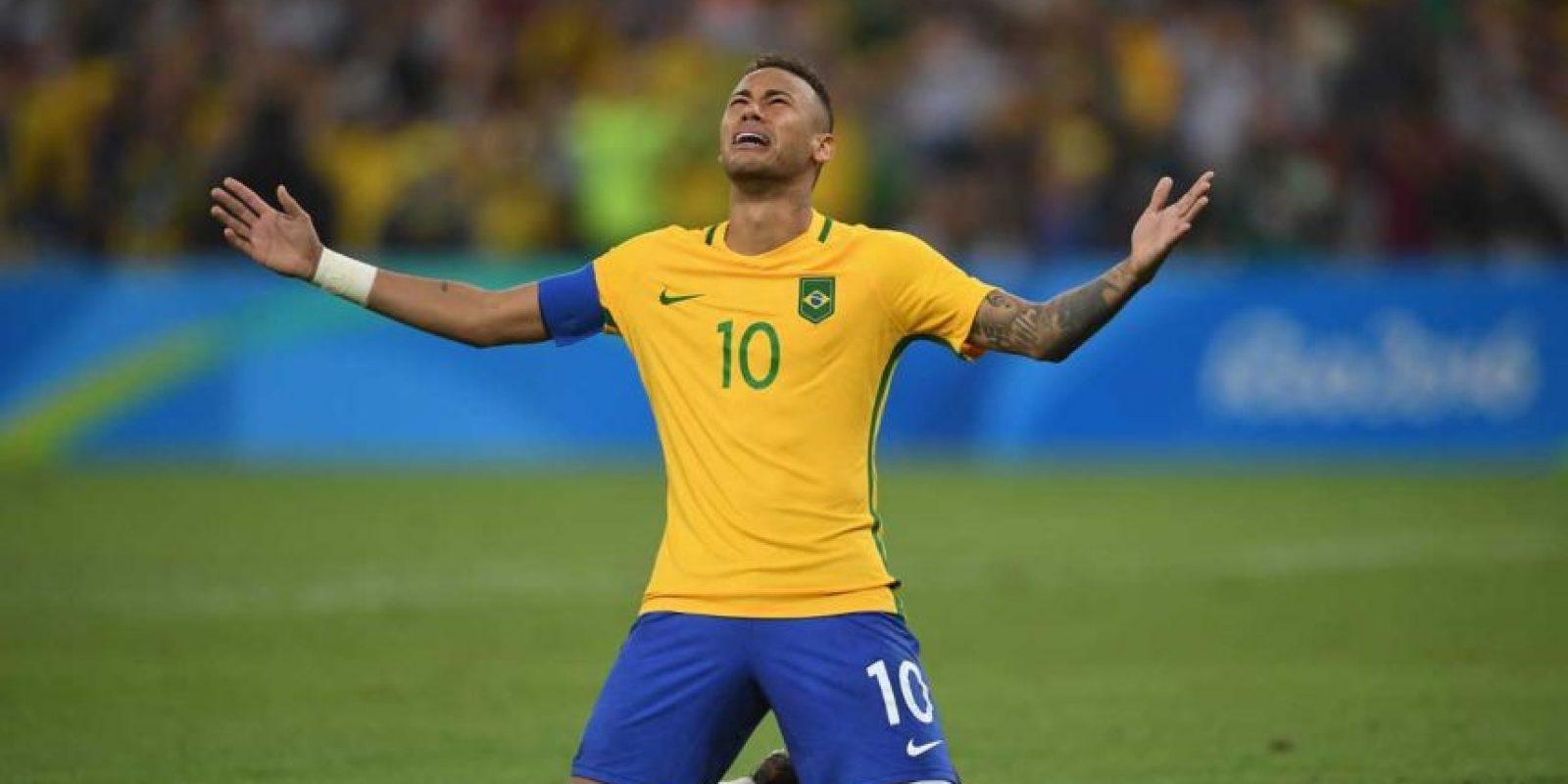 Lideró a la selección de Brasil que por fin logró ganar la medalla de oro en fútbol. Foto:Getty Images