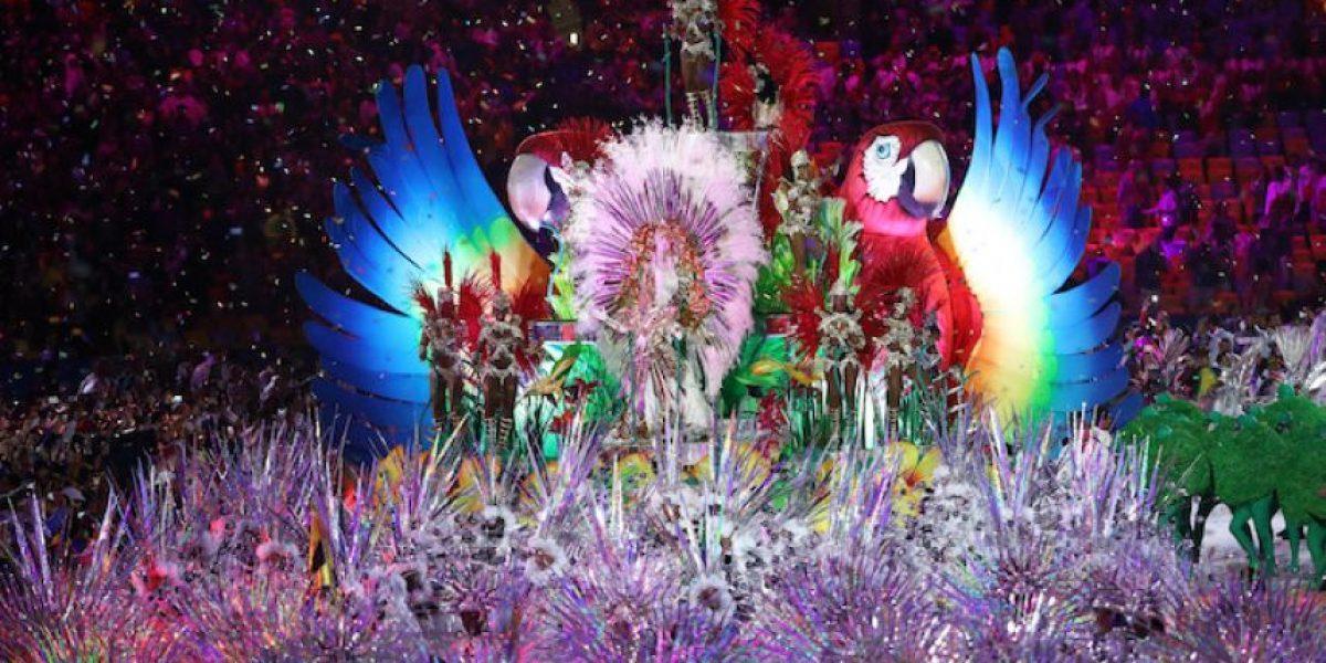 Río 2016 cierra con una fiesta de carnaval y da paso a Tokio 2020