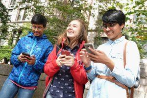 Tengan mucho cuidado, pues con esto, las personas malintencionadas pueden obtener datos delicados de sus teléfonos celulares o robarles información privada. Foto:Getty Images