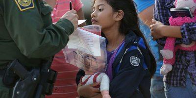 Los niños migrantes se arriesgan a ser secuestrados, traficados, violados o muertos en su viaje a Estados Unidos en su intento de buscar refugio de pandillas brutales y pobreza paralizante. Foto:Getty Images/ Archivo