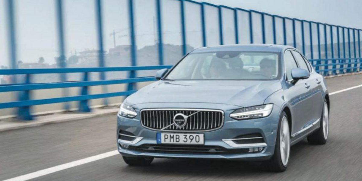 Volvo S90 llega con la fuerza de un trueno