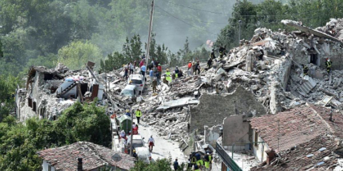 Sube a 159 número de muertos por terremoto en Italia