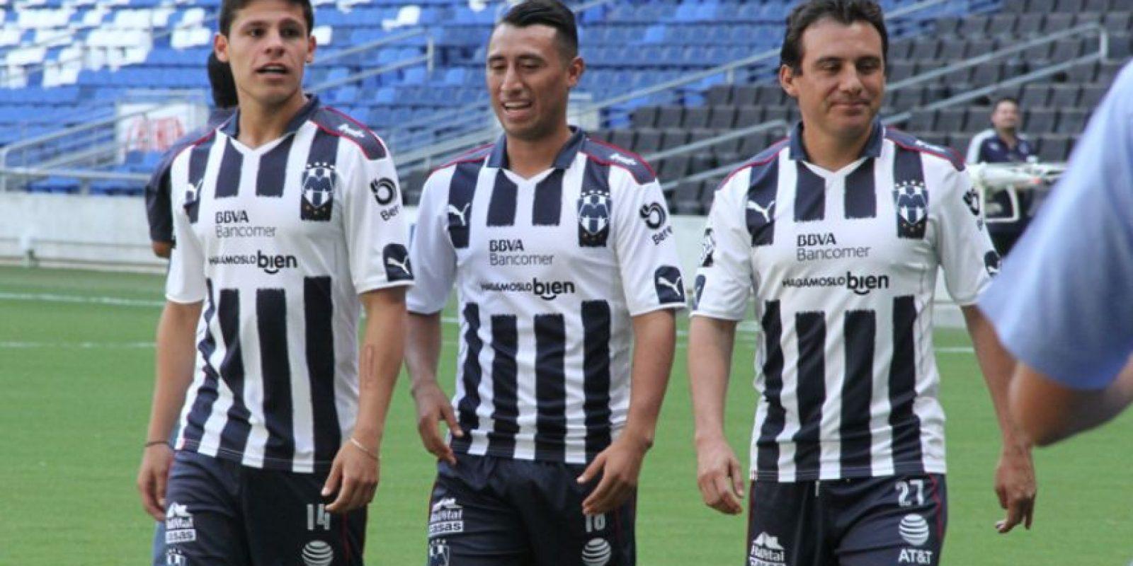 Los jugadores fueron saliendo poco a poco de los vestidores del BBVA Bancomer Foto:Israel Salazar