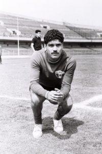 Salvador Reyes, máximo goleador del Rebaño Foto:Mexsport