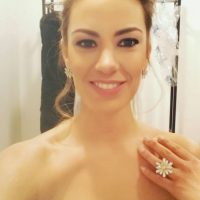 Anne-Laure Bonnet, la guapa presentadora del sorteo de la Champions League Foto:Twitter