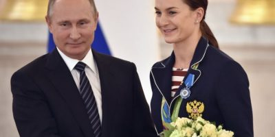 Vladimir Putin regaló autos BMW a cada uno de los medallistas rusos en Río 2016