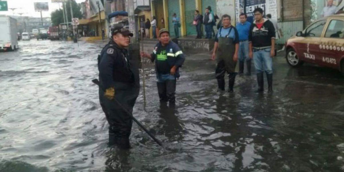 FOTOS: lluvia inunda vialidades en el Oriente de la CDMX