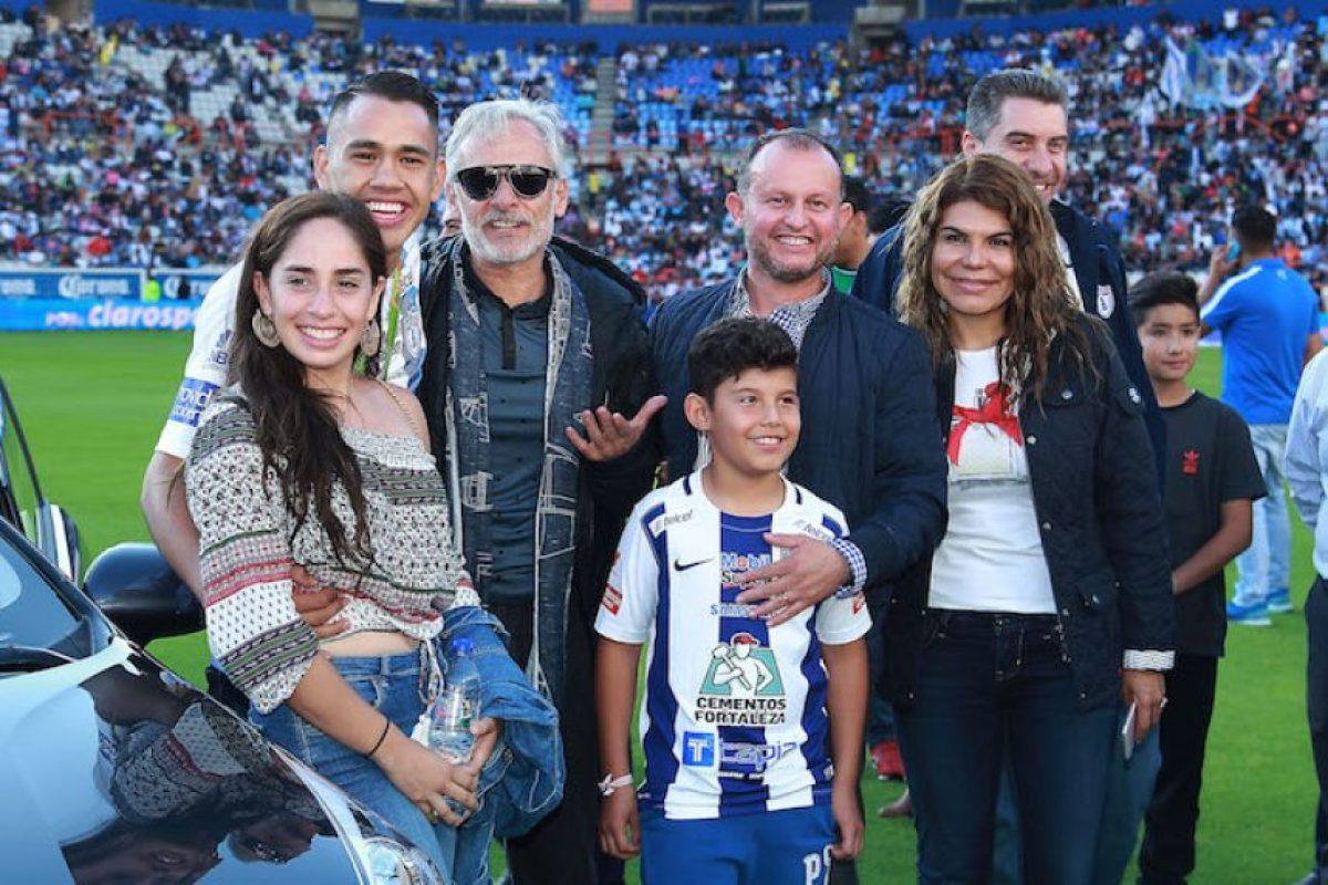 Directiva del Pachuca le regala un auto último modelo a Misael Rodríguez Foto:Mexsport