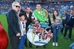 Directiva del Pachuca le regala un auto último modelo a Misael Rodríguez Foto:Mexsport. Imagen Por: