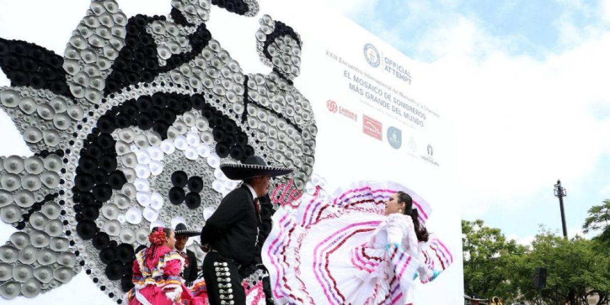 Guadalajara, al son del mariachi entre récord, música y desfile