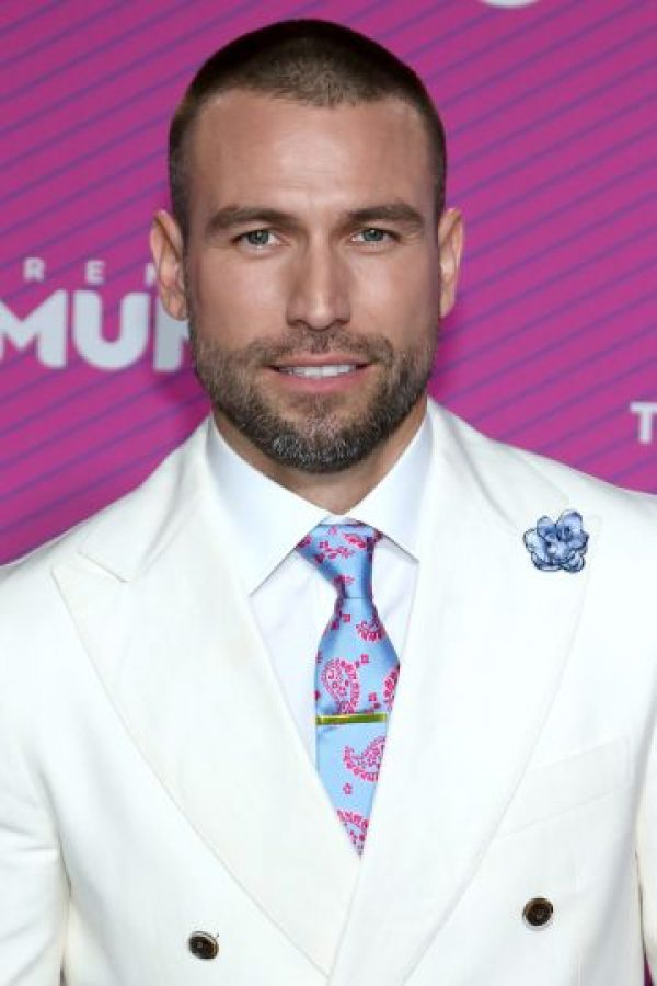 Rafael Amaya rechaza uso de guardaespaldas y autos blindados Foto  Getty  Images  Foto  Getty Images  Foto  Getty Images  Foto  Getty Images ... adc4807c115