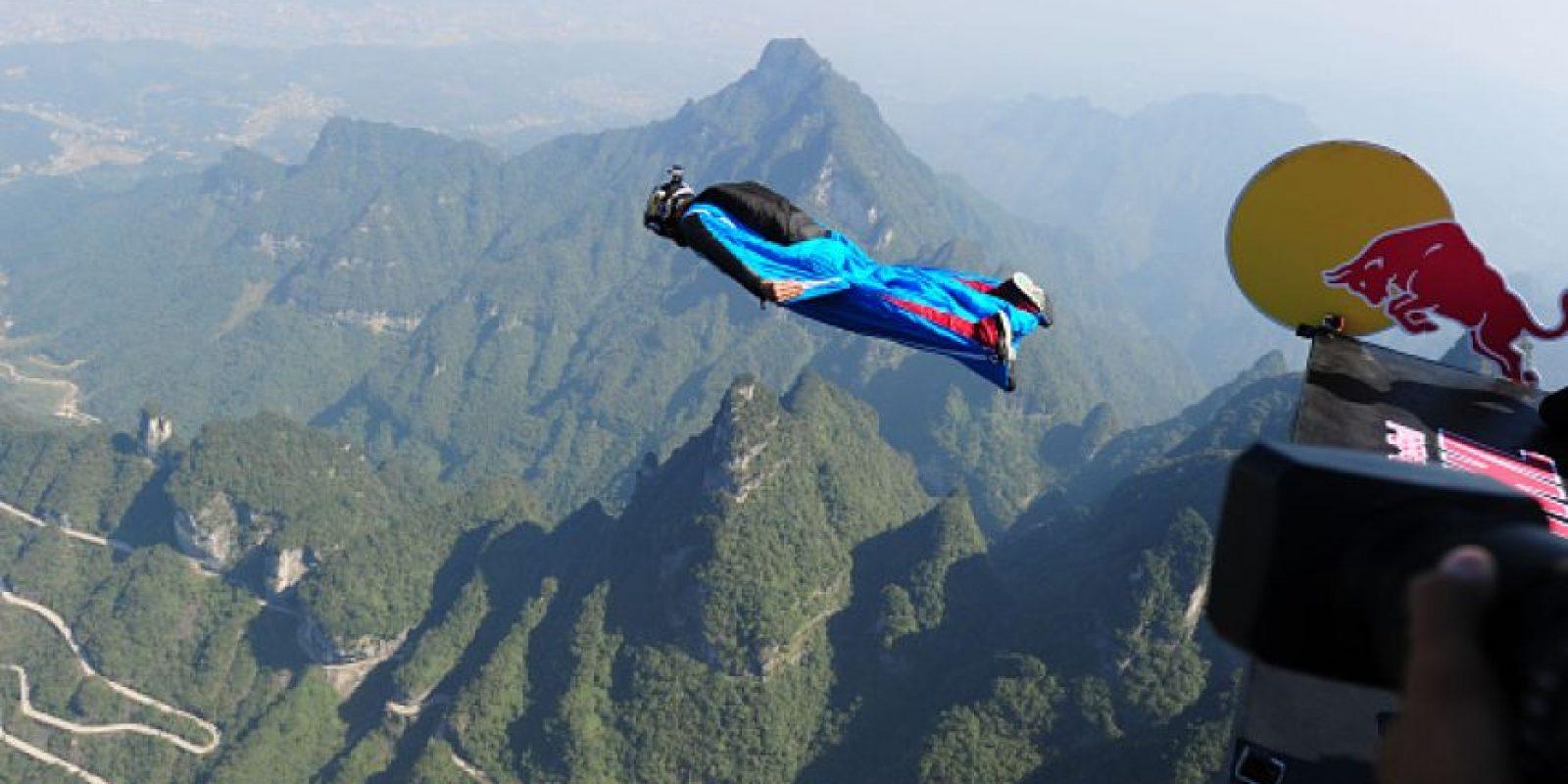 El salto B.A.S.E. es considerado por muchos como el más extremo entre los deportes extremos. Foto:Getty Images