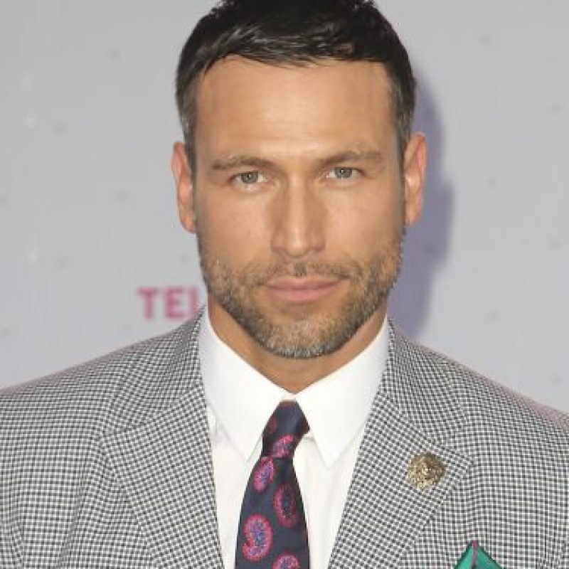 Rafael Amaya rechaza uso de guardaespaldas y autos blindados Foto  Getty  Images  Foto  Getty Images ... f23bd32bf87