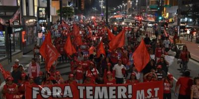 Mientras tanto, en algunas ciudades de Brasil hubo manifestaciones a su favor Foto:AFP