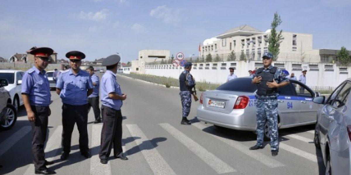 Estalla automóvil con explosivos en embajada china en Kirguistán