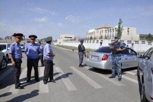 Un automóvil con explosivos fue estrellado la mañana de este martes en la embajada china en la capital de Kirguistán. Foto:Getty Images
