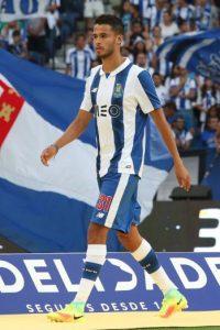 Diego Reyes podría regresar a España con el Espanyol Foto:Getty Images