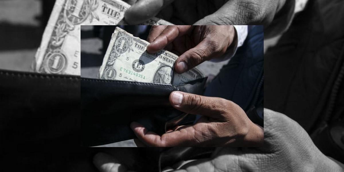 Dólar caro, inicia la semana en 20.21 pesos