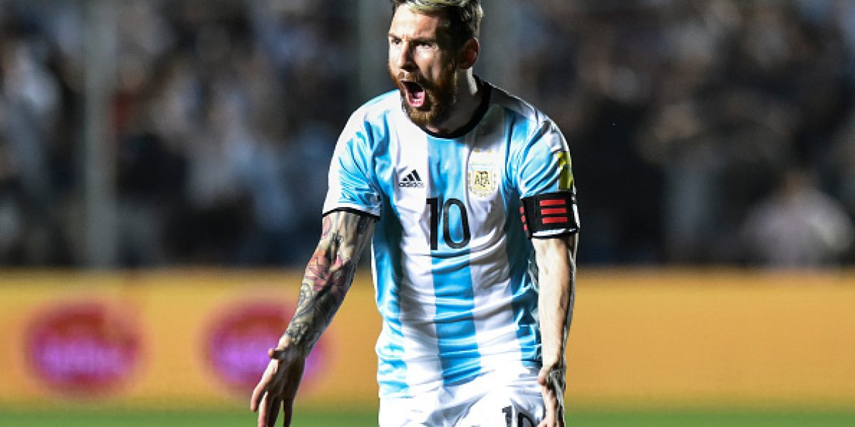 Barcelona amenaza con no dejar ir a Messi por tragedia del Chapecoense