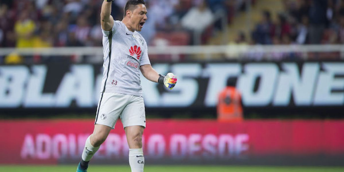 Se cae renovación de contrato de Moisés Muñoz con América