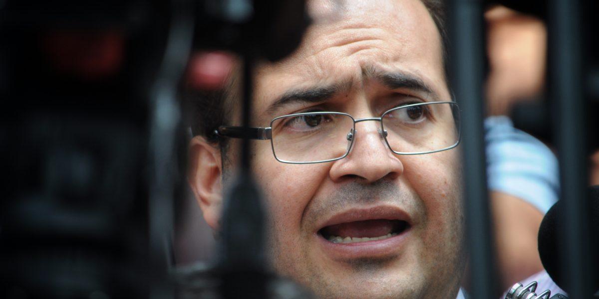 Juez niega amparo a Duarte; ofrecer recompensa es legal, determina