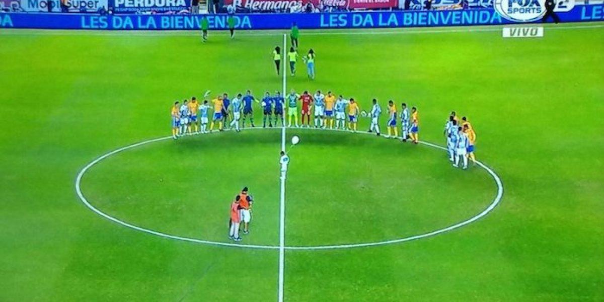 VIDEO: León y Tigres rinden homenaje al Chapecoense previo a su duelo