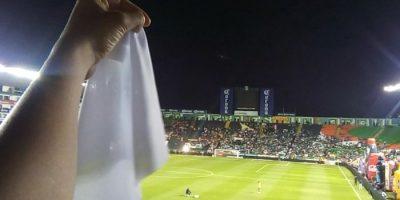 Twitter. Imagen Por: León y Tigres rinden homenaje al Chapecoense previo a su duelo
