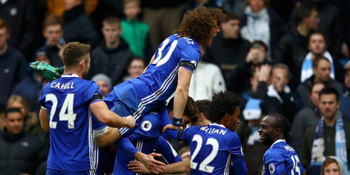Chelsea remonta y vence al City en la Premier League