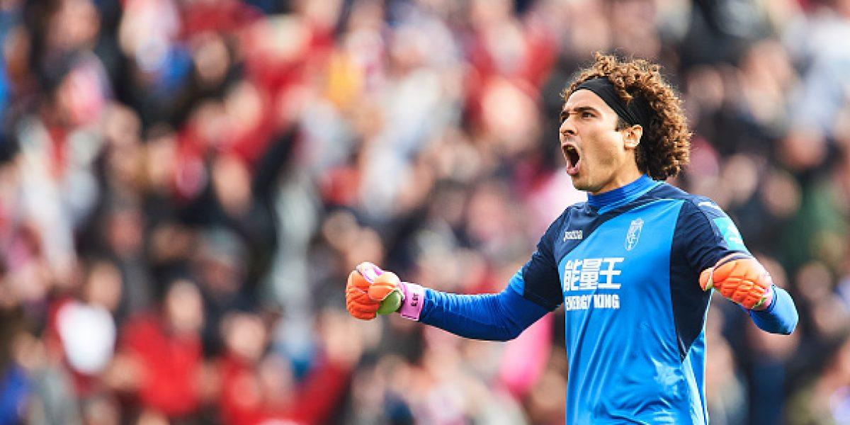Ochoa y el Granada consiguen su primera victoria en la Liga de España
