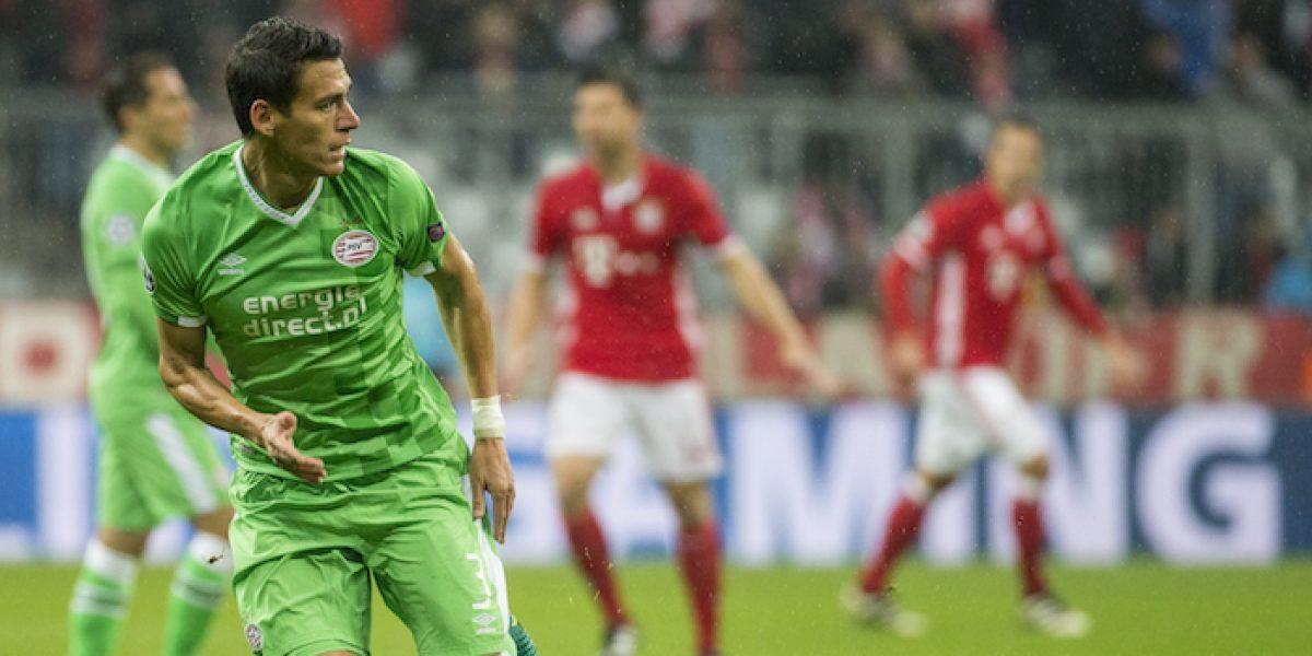 Héctor Moreno jugó los 90 minutos en empate del PSV
