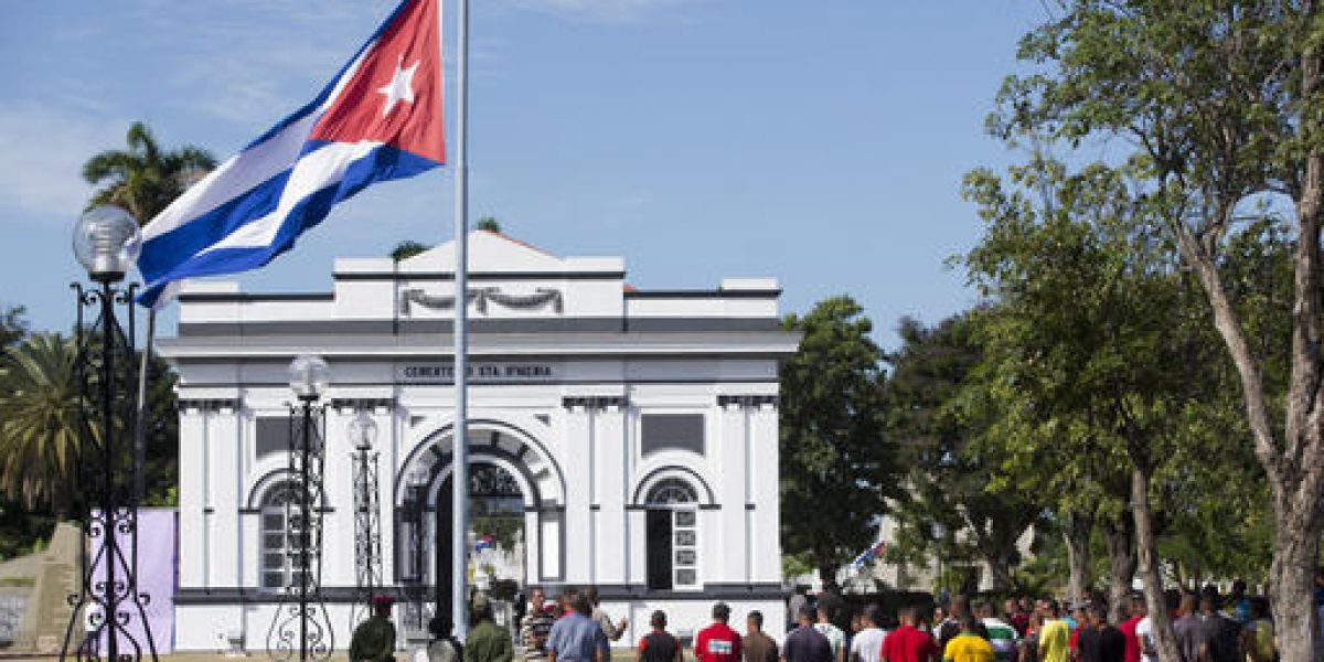 Depositan cenizas de Fidel Castro en Santiago de Cuba