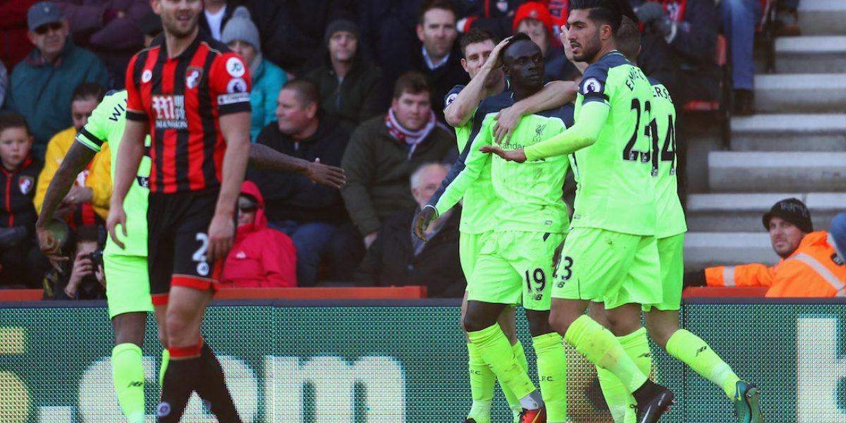 """Liverpool hace una """"cruzazuleada"""" en la Premier League"""